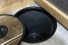 Worktop recessed waste bin