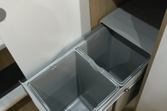 Pull out dual bin for recycling