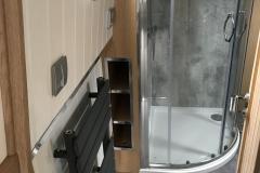 mr - bathroom 3