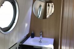 mr - bathroom 4