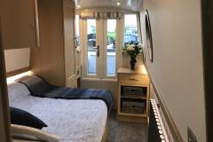 SJT 6 bedroom 1
